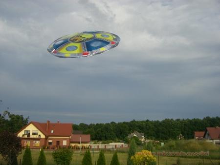 UFO - Dmuchany latający dysk 80 cm HIT !!! 00029